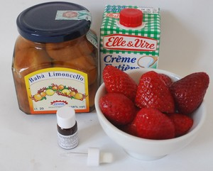verrine_baba_limoncello__fraises_et_chantilly___la_bergamote_001
