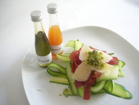 Courgettes__viande_des_Grisons__parmesan_et_pistaches_001