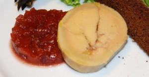 Foie gras, chutney de coings, pain d'épices toasté (5)