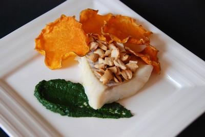 Cabillaud, crème d'épinards huile cacahuète, chips de butternut (7)